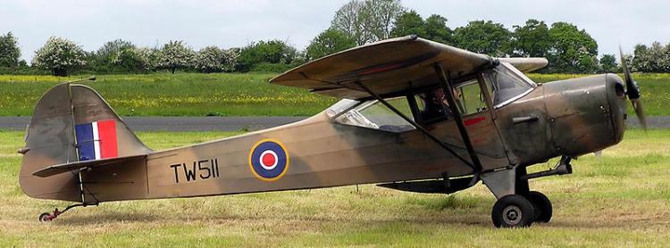 Многоцелевой самолет Taylorcraft Auster I-V