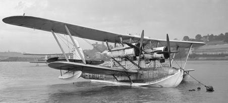Летающая лодка-амфибия Short Singapore (S.19 Singapore III).
