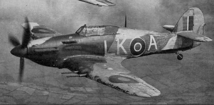 Истребитель Hurricane IIC