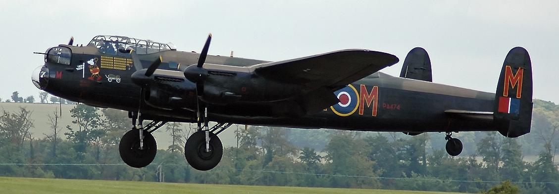 Тяжелый бомбардировщик «Avro 683 Lancaster»
