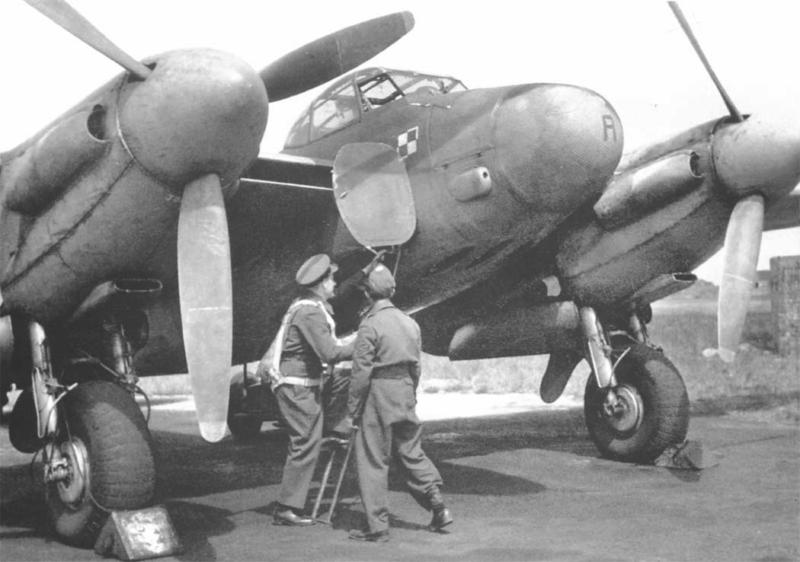 Ночной истребитель Mosquito Mk-XII