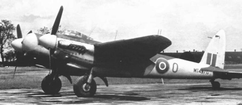 Ночной истребитель Mosquito NF Mk-XIX