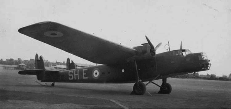 Бомбардировщик Bristol Bombey RAF