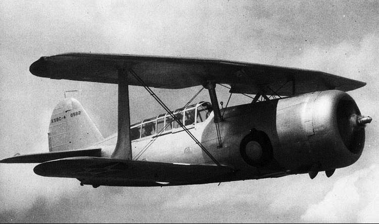 Палубный бомбардировщик Curtiss Helldiver - XSBC-4