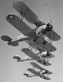 Учебно-тренировочный самолет Avro 643 Cadet.