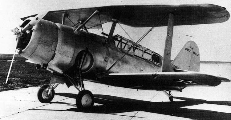 Палубный бомбардировщик Curtiss Helldiver - SBC-3