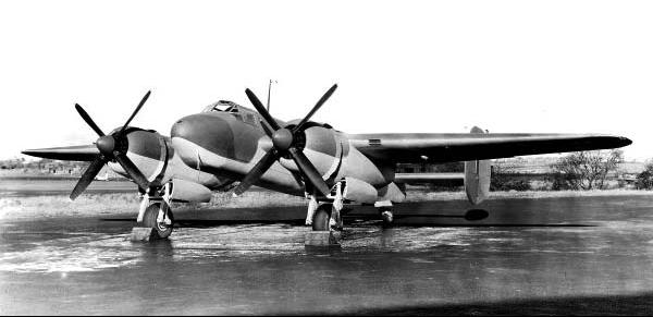 Учебно-тренировочный самолет Bristol Buckmaster