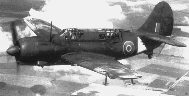 Палубный бомбардировщик Сurtiss Helldiver - SBW-1