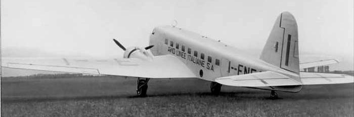 Транспортный самолет Fiat G-18 Veloce