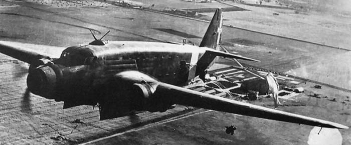 Транспортный самолет Savoia Marchetti SM-82 Canguru
