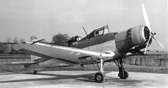Палубный истребитель Blackburn Roc В-25