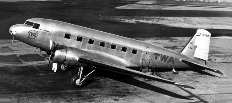 Транспортный самолет Douglas DC-2