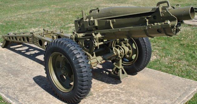 75-мм гаубица M1A1 L / 16 (M-116) на десантном лафете