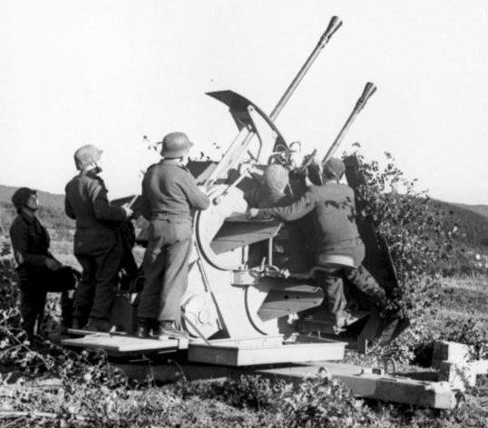 Зенитная пушка 3,7-cm Flakzwilling 43