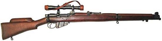 Винтовка SMLE №1 Mk-III(HT) с оптическим прицелом и упором для щеки.