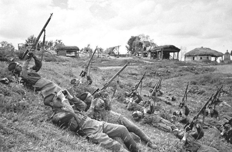 Снайперы против самолетов. 1941 г.