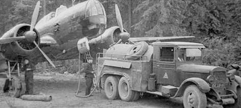 Бензозаправщик БЗ-35 на базе ЗиС-6