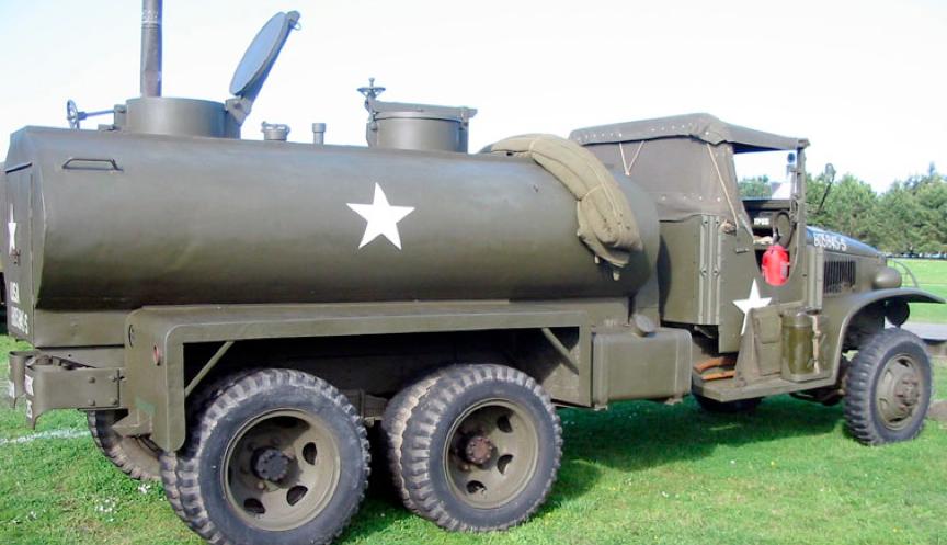 Автоцистерна на базе грузовика GMC CCKW-353