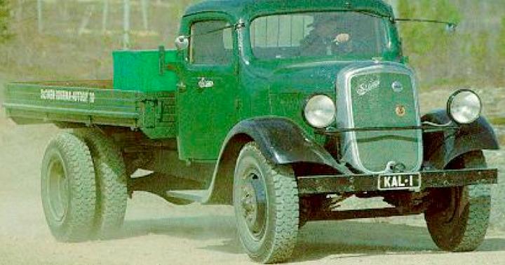 Бортовой грузовик Sisu S-321