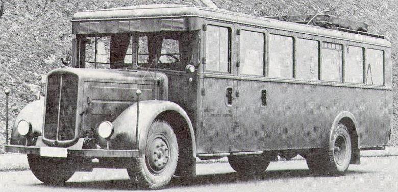 Армейский автобус Gräf & Stift V-7DW