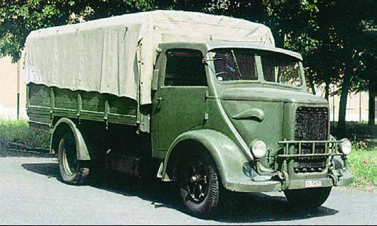 Бортовой грузовик Bianchi Miles с тентом