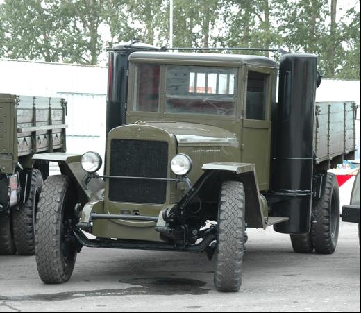 Газогенераторный бортовой автомобиль ЗиС-21