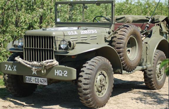 Внедорожник командирский Dodg WC-58 с радиостанцией