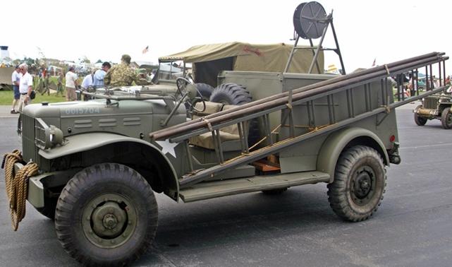 Автомобиль связи Dodg WC-59