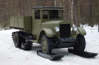 Бортовой грузовик ЗиС-5 со снегоходным оборудованием (ЗиС-33)