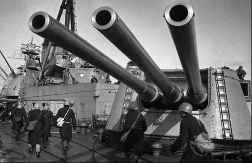 Легкий крейсер «Ворошилов»