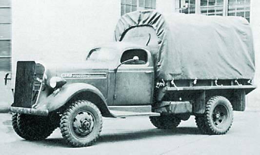 Бортовой грузовик Studebaker K-15F