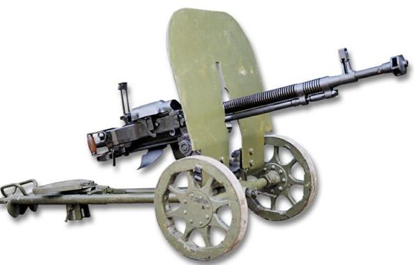 Станковый пулемет ДШК-38 в пехотном варианте