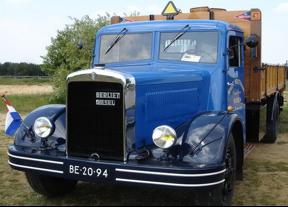 Бортовой грузовик Berliet GDR-7