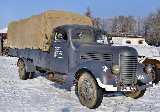 Бортовой грузовик Praga RN