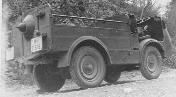 Автомобиль Austro-Daimler ADTK L-101