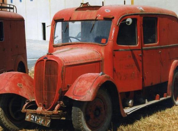 Автобус на базе Delahaye-140