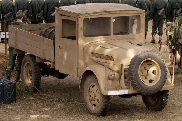 Грузовик Steyr 2000-A с простой кабиной