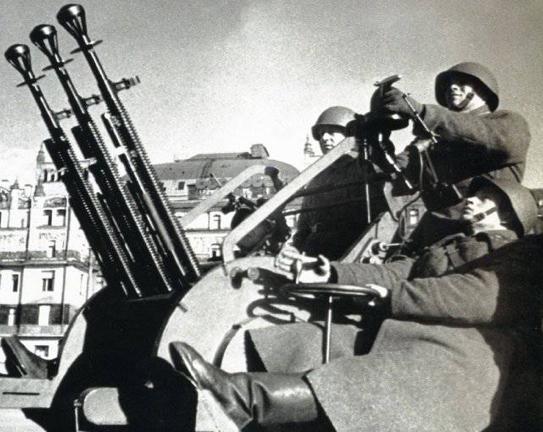 ДШК-38 строенный зенитный вариант