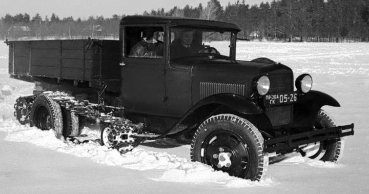 Полугусеничный автомобиль ГАЗ-65