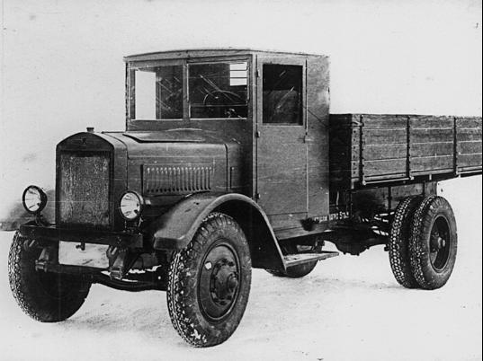 Бортовой автомобиль ЯГ-6