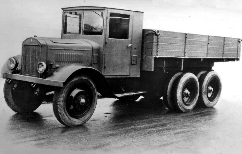 Бортовой автомобиль ЯГ-10
