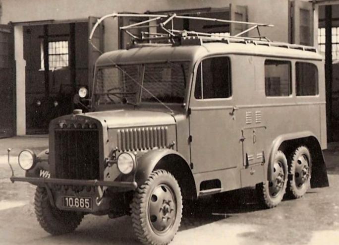 Радиостанция на базе фургона Praga RVR