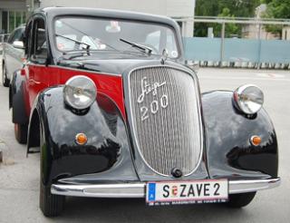 Седан Steyr-200