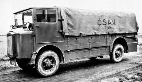 Бортовой грузовик Tatra-23