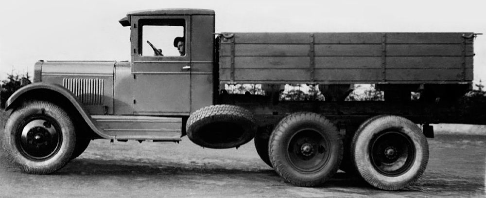 Бортовой автомобиль ЗиС-6