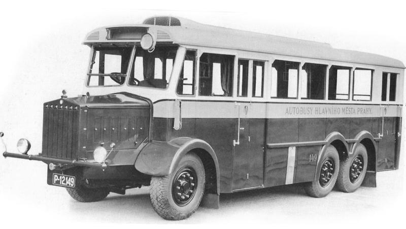 Автобус Tatra-24/67