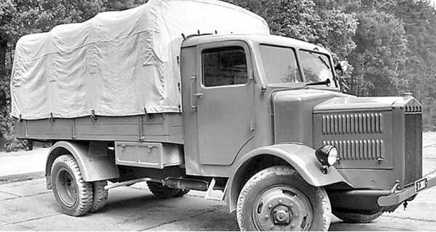 Бортовой грузовик Tatra-27