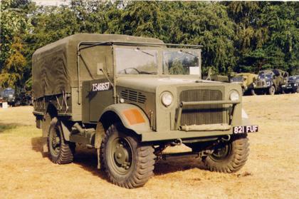 Бортовой грузовик Bedford MWD