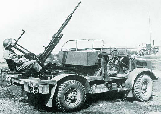 Автомобиль Bedford MWG с 20-мм пушкой