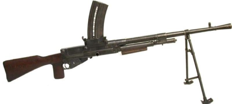 Ручной пулемет Hotchkiss M-1922 с магазином